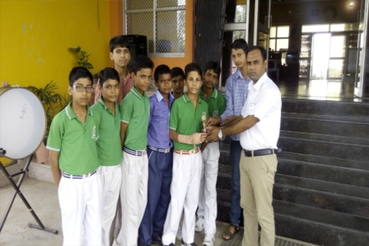 Pt Parsadi Lal International School-Prize distribution