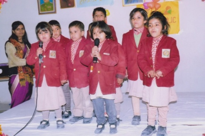 Pt Parsadi Lal International School-Speech