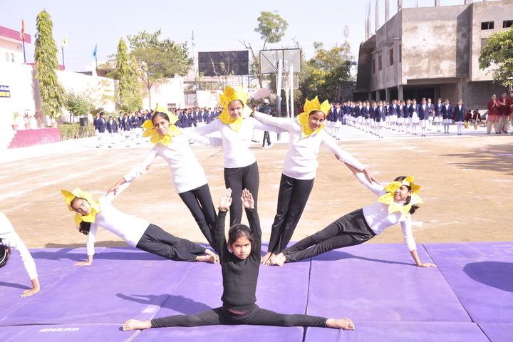 Queen Marys Girls School-Yoga Day