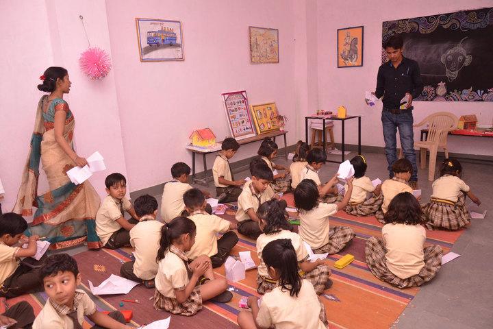 Radhakrishnan Public School-Classroom