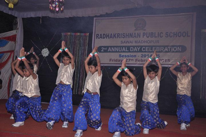 Radhakrishnan Public School-Dance