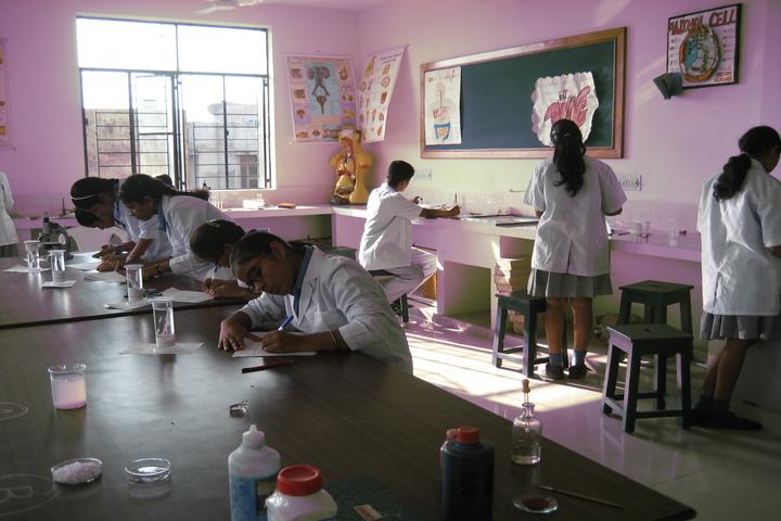 Rainbow School-Biology Lab