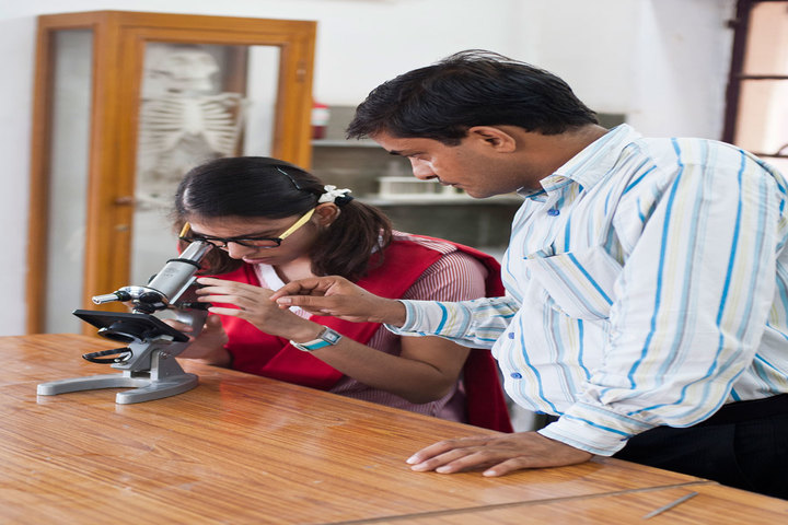 Rajmata Krishna Kumari Girls Public School-Biology Lab