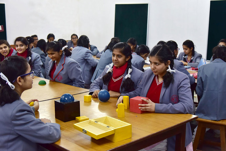 Rajmata Krishna Kumari Girls Public School-Maths Lab