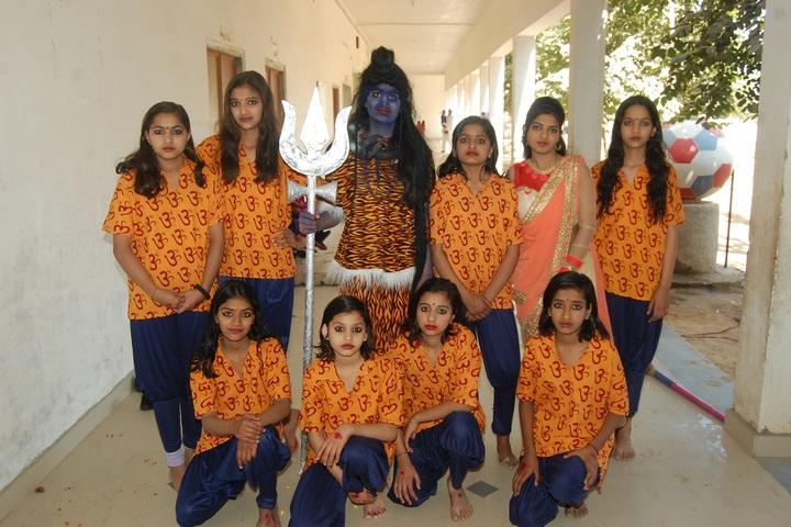 Rao Gheesa Ram Shiksha Niketan-Performance