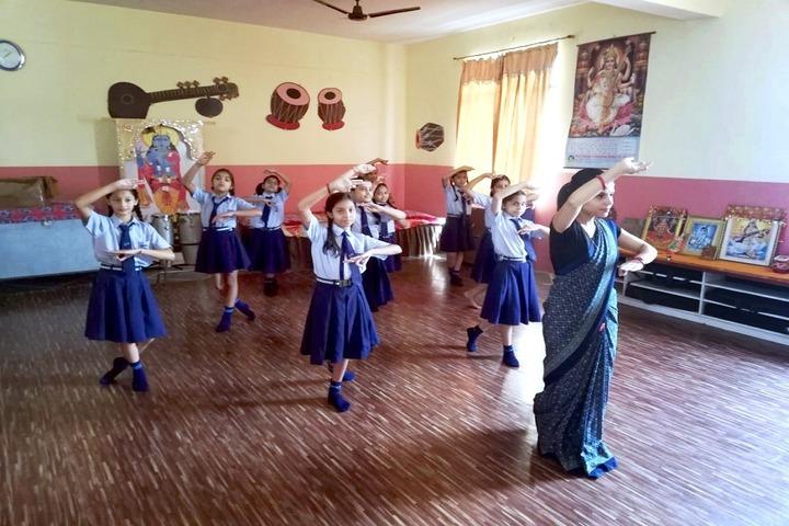 Roopnagar Public School-Dance Room