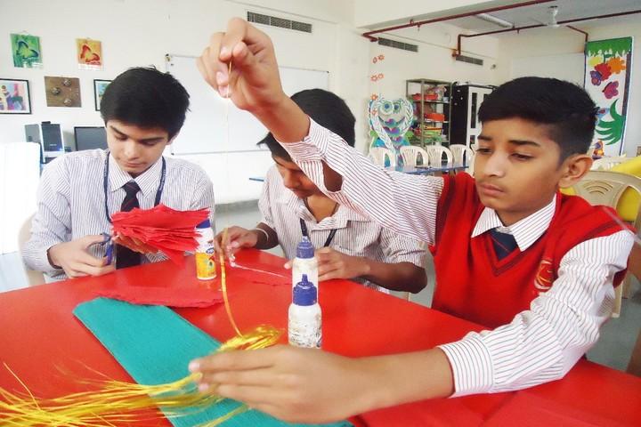 S R Global School-Art