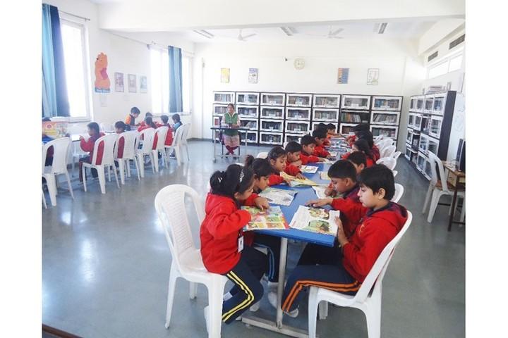 S R Global School-Library