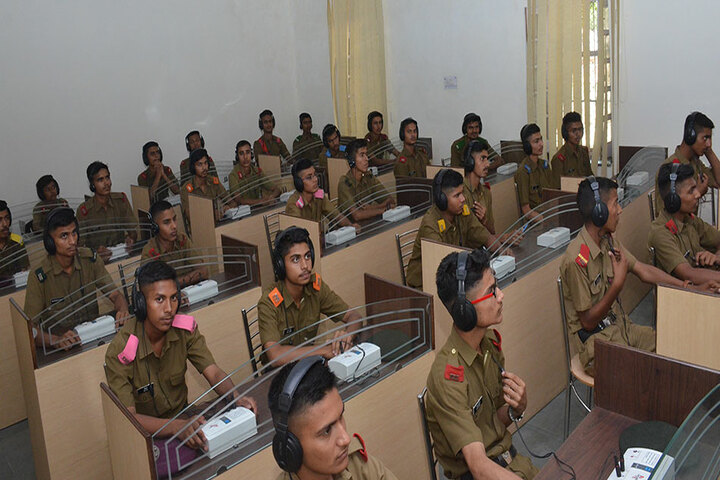 Sainik School-Language Lab