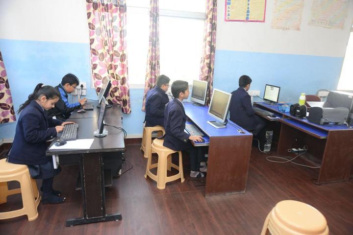 Sanskar The School-Computer Lab