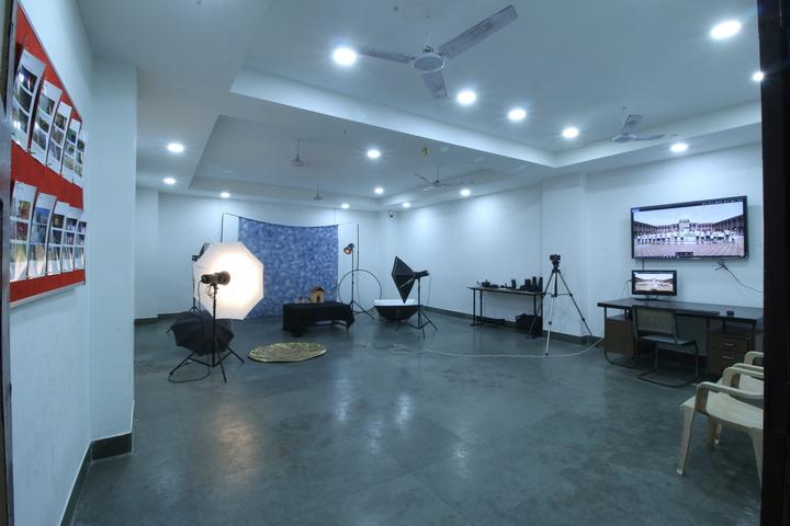 Sardar Doon Public School-Photography Lab