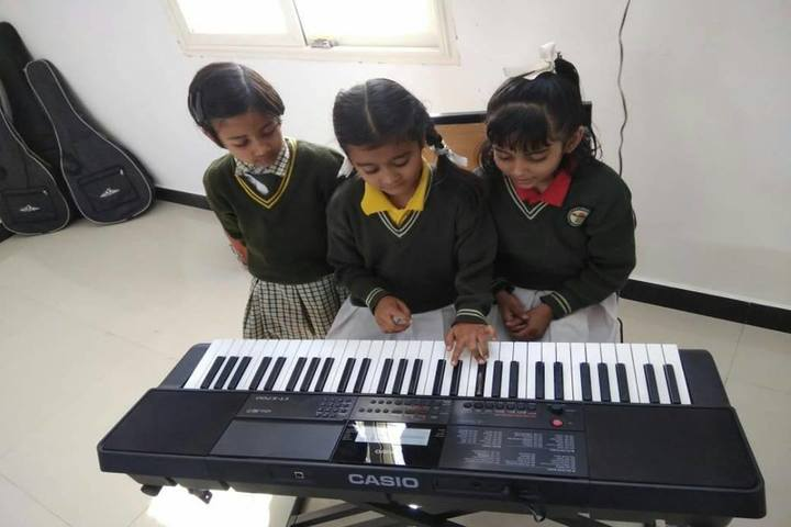 Sarvoday Kids Convent School-Music Class