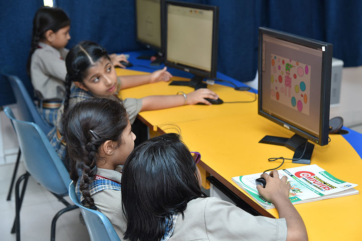 Seedling Modern Public School-Computer Lab