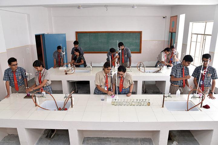 Seedling Modern Public School-Science Lab