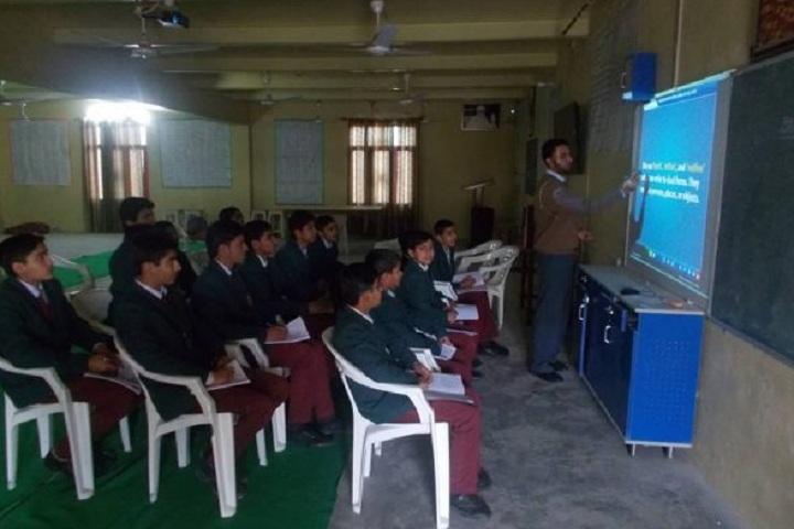 Shah Satnam Ji Boys School-Classtoom smart