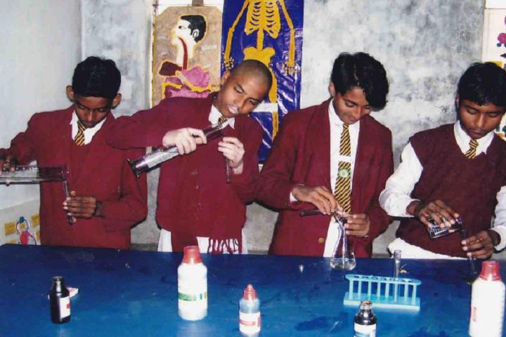 M N Jha D A V Public School- Science Lab