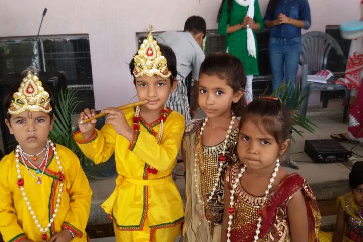 Sneh Public School-Festival Celebration