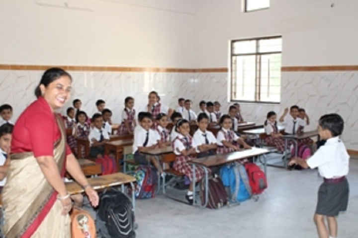 St Anselms North City School-Classroom with teacher