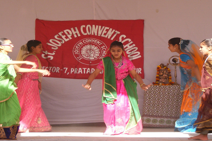 St Joseph Convent School-Dance