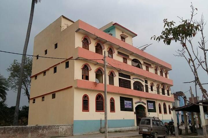 Mahatma Gandhi Shikshan Sansthan- School Campus