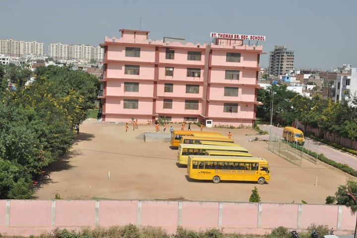 St Thomas School-School View