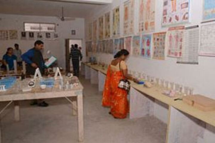 Star City International School-Chemistry Lab