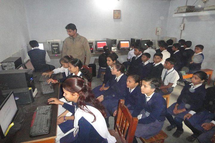 Mahnar St Josephs School-Computer Lab