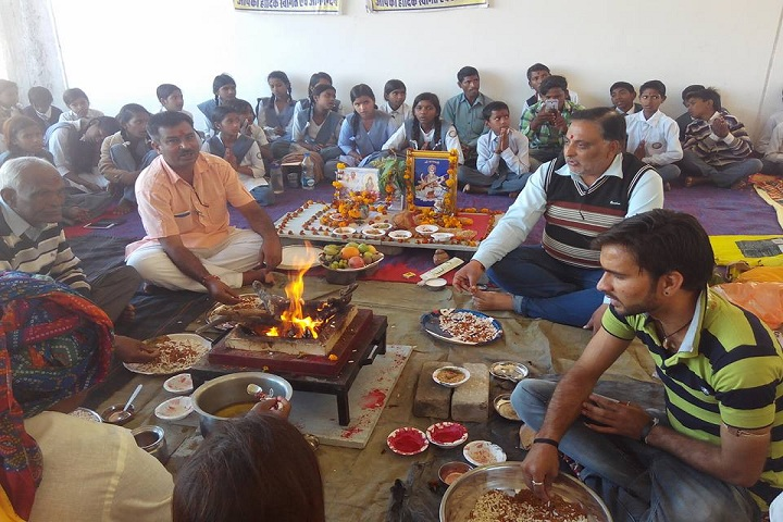 Swami Vivekanand Government Model School-Others puja