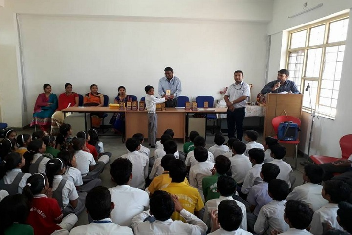 Swami Vivekanand Government Model School-Prize Distribution