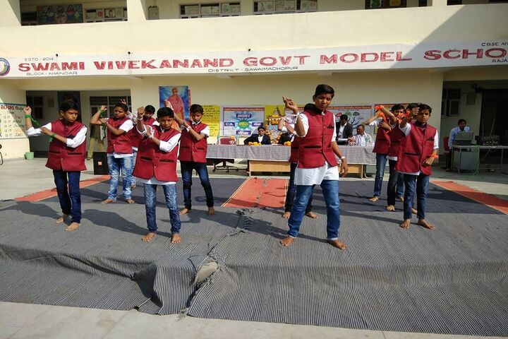 Swami Vivekanand Government Model School-Dance