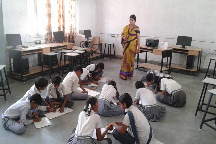 Swami Vivekanand Government Model School-Computer-Lab