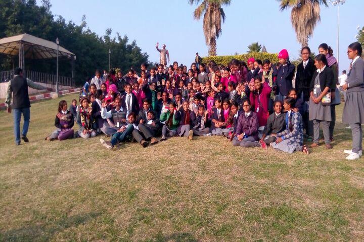 Swami Vivekanand Government Model School Trip