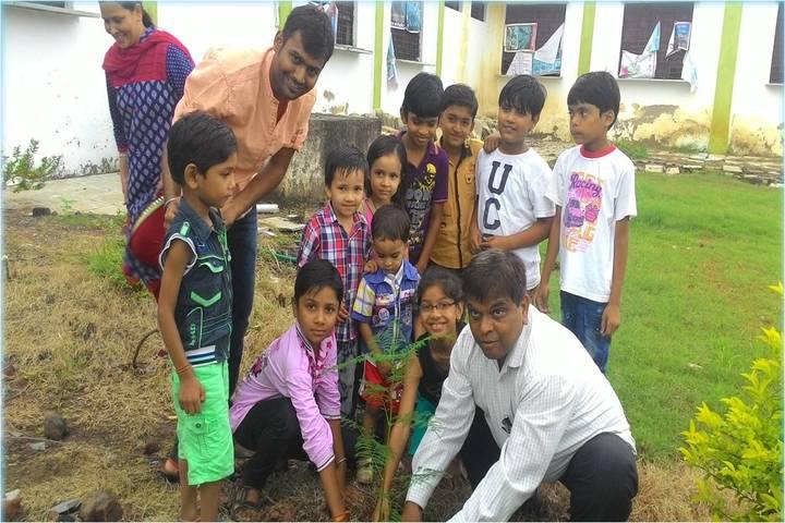 Swami Vivekanand Public School-Plantation