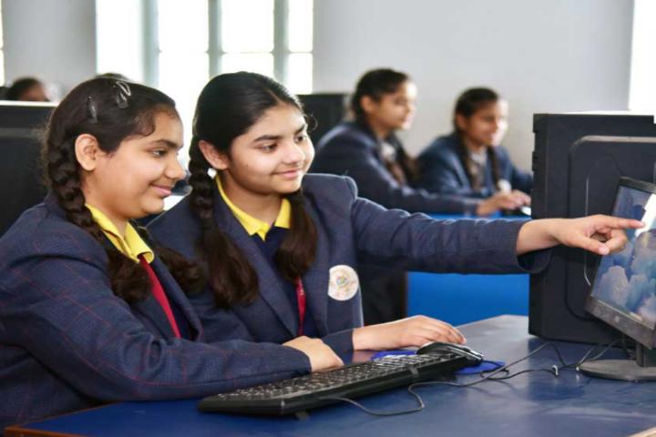 Tagore Public Senior Secondary School-Computer Lab