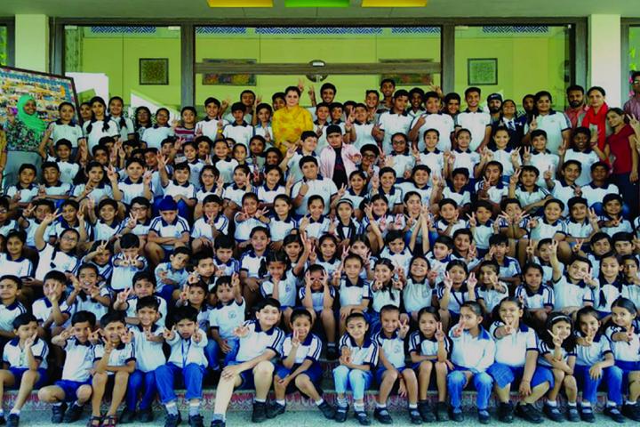 The Shanti Niketan School-Group Photo