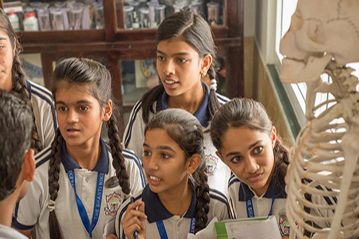 The Shanti Niketan School-Science Lab