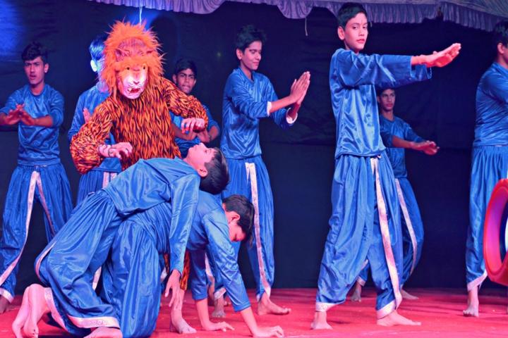 Vidya Gram International School-Dance