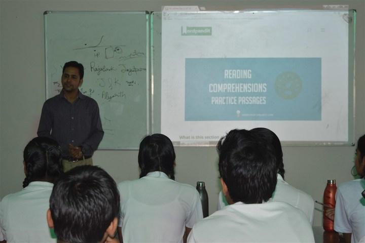 Vidya Gram International School-Smart classroom