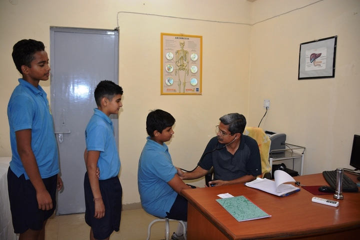 Vidya Niketan-Birla Public School-Health check up