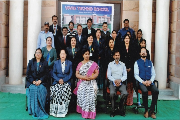 Vivek Techno School-Teachers