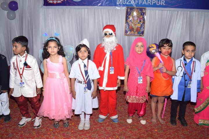 Mother Teresa Vidyapeeth-Christmas Celebrations
