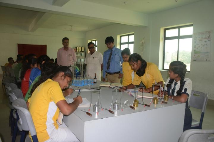 Mount Litera Zee School- Science Lab