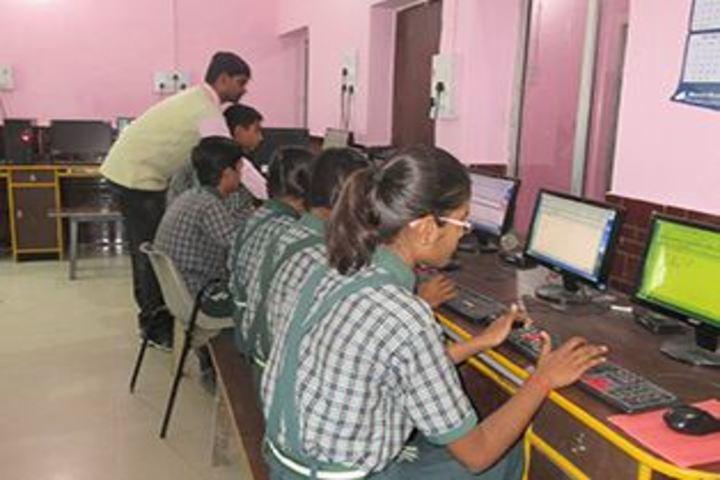 N V English Academy-Computer Lab
