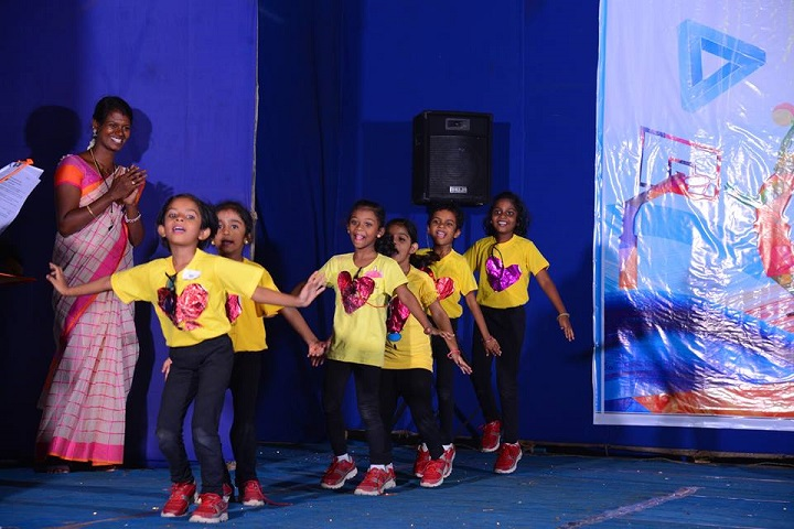 Aaa International School-Dance