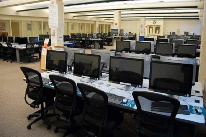 Adhiyaman Public School-IT-Lab