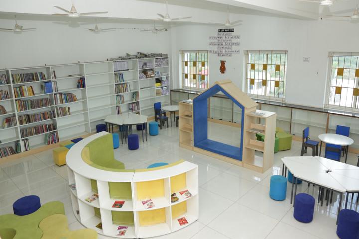 Adhiyaman Public School-Library