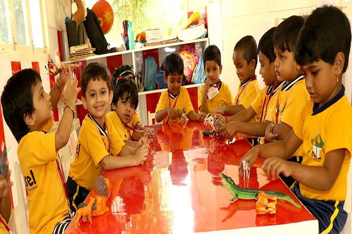 Akg Public School-Play school