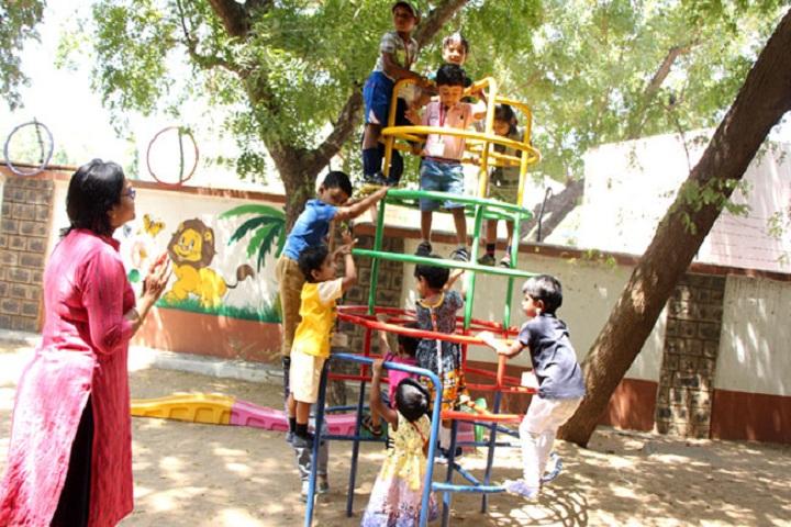 Akg Public School-Playing