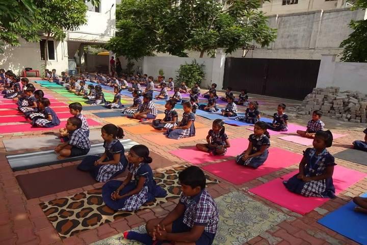 Akr Academy School-Yoga