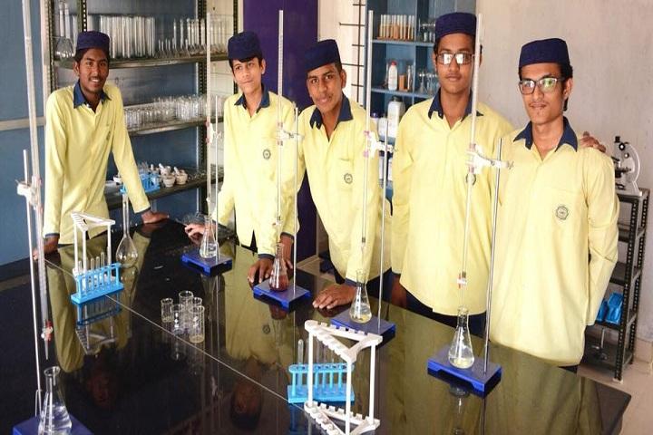 Al Munawara Islamic School Cbse-Laboratory